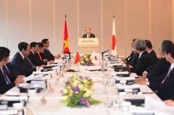 Thủ tướng đối thoại với các tập đoàn kinh tế của Nhật Bản