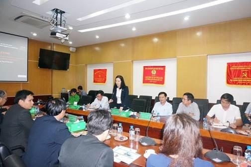 PVFCCo chia sẻ kinh nghiệm chứng khoán cho Lào 2