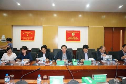 PVFCCo chia sẻ kinh nghiệm chứng khoán cho Lào 3