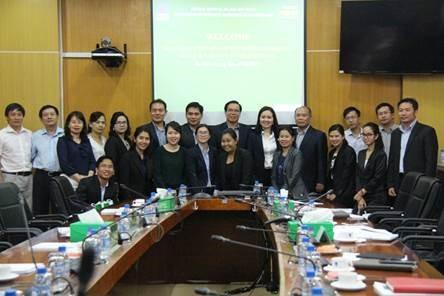 PVFCCo chia sẻ kinh nghiệm chứng khoán cho Lào 4