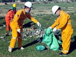 """PV GAS với chương trình """"Nông thôn không rác"""" tại Vũng Tàu"""