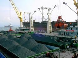Công ty Kho vận và cảng Cẩm Phả: Vững bước đi lên