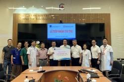 PV GAS trao tặng thiết bị y tế cho Bệnh viện Đại học Y Hà Nội