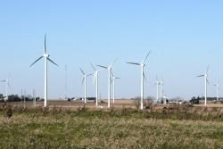 Brazil và mục tiêu lưới điện không khí thải vào 2050