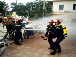 PVC-MS diễn tập chữa cháy, nâng cao ý thức phòng ngừa cháy nổ