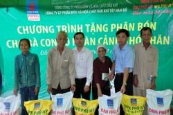 PVFCCo tặng phân bón tại 8 tỉnh Đồng bằng sông Cửu Long