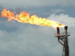 Khai thác dòng dầu đầu tiên tại mỏ Đông Đô