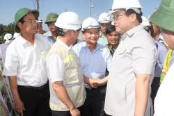 PTT thị sát điểm giao đường điện với cao tốc Đà Nẵng-Quảng Ngãi