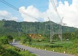 Tăng cung nhờ các dự án nguồn, lưới điện cán đích
