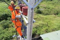 Tiếp tục đầu tư lớn cho các dự án điện ở phía Nam