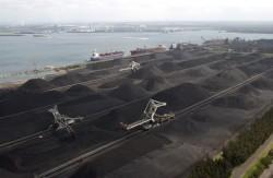 Nhập khẩu than cho nhà máy điện PVN: Vượt trội nhờ chuyển tải nổi