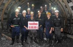 Công đoàn Mỏ hầm lò II thăm công trình trọng điểm
