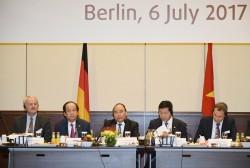 Thủ tướng đối thoại với các doanh nghiệp Đức