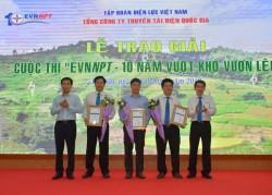 """Trao giải cuộc thi """"EVNNPT - 10 năm vượt khó vươn lên"""""""