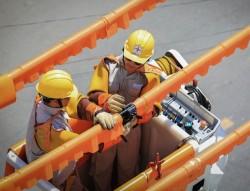 EVNCPC áp dụng thành công công nghệ sửa chữa điện nóng