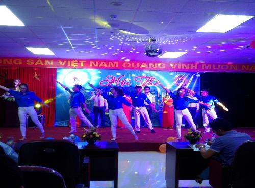 Nhiệt điện Thái Bình tổ chức Hội thi tiếng hát Người lao động 2