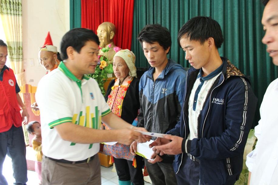 PVFCCo hỗ trợ người dân bị thiệt hại do thiên tai ở Lai Châu 2