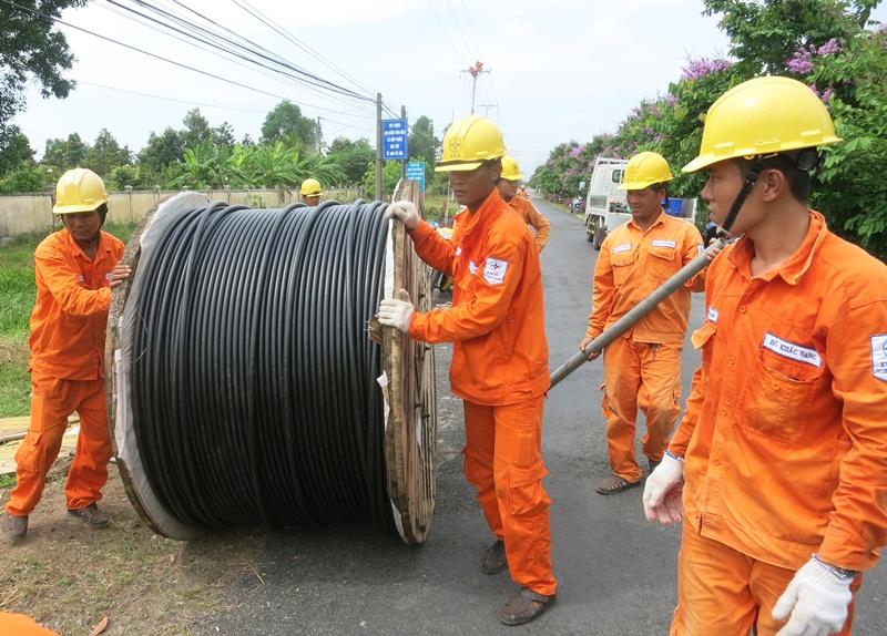 SPC tăng cường củng cố lưới điện trước mùa mưa bão 1