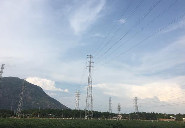 Đóng điện giai đoạn 1 dự án đường dầy 220 kV Bình Long - Tây Ninh