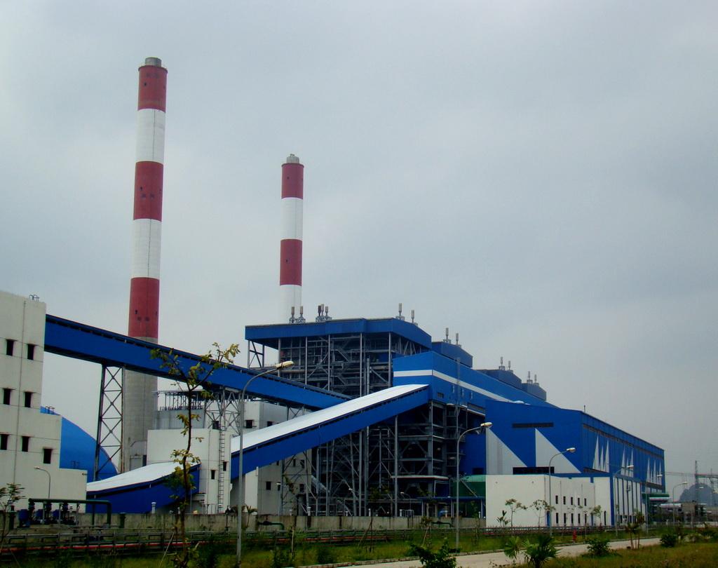 Hệ thống khí thải của Nhiệt điện Cẩm Phả được kiểm soát chặt chẽ