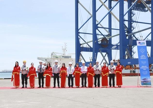 Doosan Vina xuất cẩu trục đến cảng quốc tế Gemalink (Bà Rịa-Vũng Tàu)
