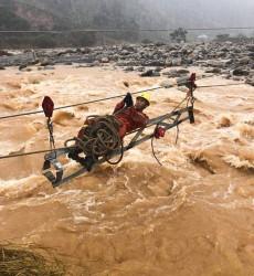 Mưa to, lũ ống ở Hà Giang gây ảnh hưởng đến hơn 2 vạn khách hàng dùng điện