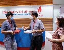 Công đoàn PV GAS tặng quà động viên các chiến sỹ vùng 'Zone 0'