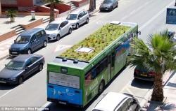 Mẫu xe buýt giúp 'thanh lọc' khí CO2