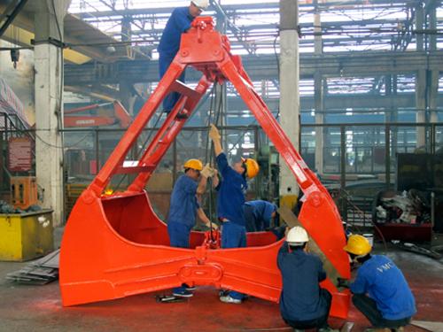 Hoàn thiện sản phẩm gầu ngoạm tại Công ty CP Chế tạo máy - Vinacomin