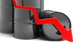 Bloomberg và CNBC dự đoán giá dầu còn giảm tiếp