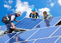 Phát triển và ứng dụng công nghệ năng lượng mặt trời