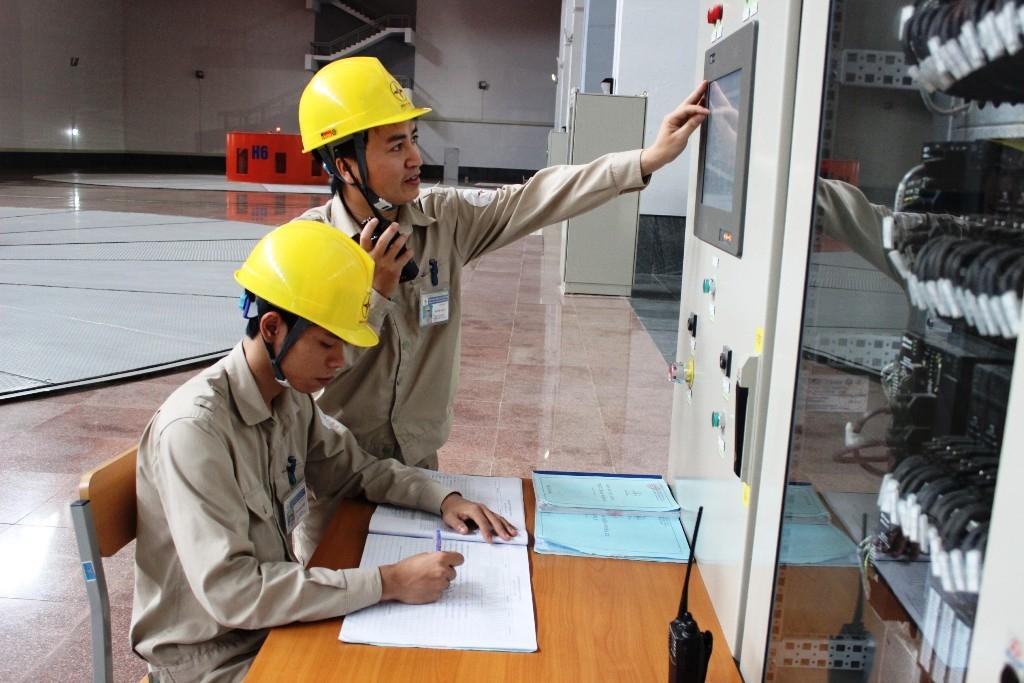 Hoàn thành khóa đào tạo trưởng ca vận hành thủy điện Lai Châu