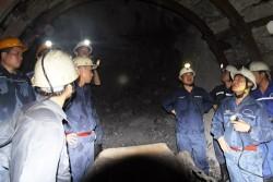 Mỏ Hầm lò II và than Vàng Danh phối hợp đẩy nhanh tiến độ đào lò