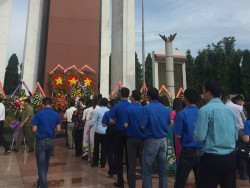 EPS dâng hương tưởng niệm các anh hùng liệt sỹ