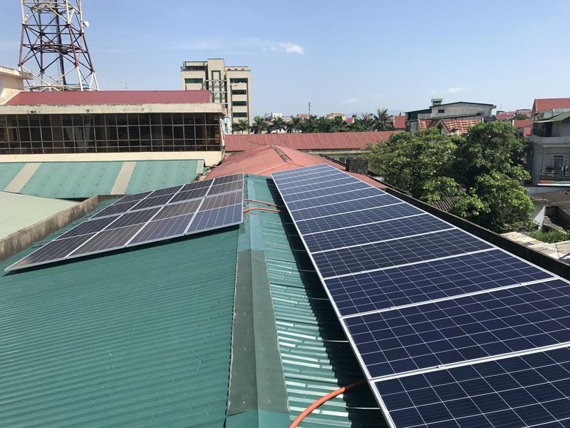 Điện mặt trời đang đi vào cuộc sống người dân Hà Tĩnh 1