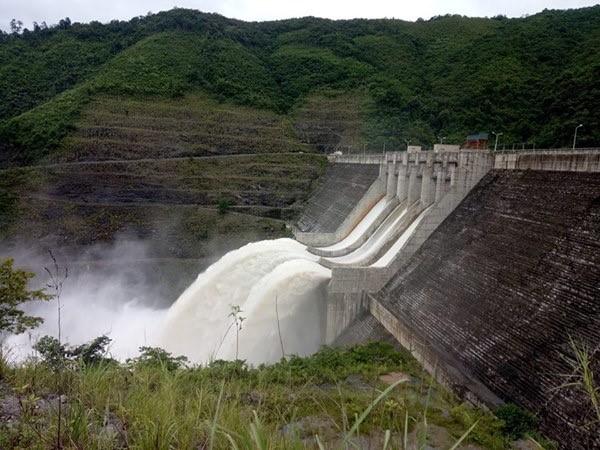 Vận hành hồ chứa Thủy điện Bản Vẽ để cắt giảm lũ cho hạ du 1