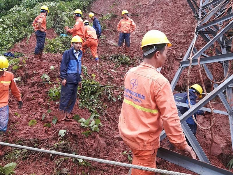 Lưới điện miền Bắc thiệt hại 15 tỷ đồng do bão số 4