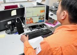 Dịch vụ điện trực tuyến: Khi công nghệ thay sức con người
