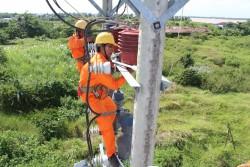 Ngành điện miền Nam tăng cường an toàn điện trong mùa mưa bão