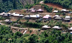 Khẩn trương thực hiện dự án cấp điện cho các hộ di dân tái định cư thủy điện Thác Bà