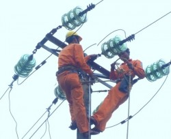 Các công ty điện lực của EVNCPC chủ động phòng chống lụt bão