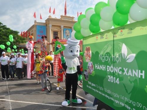 """EVN NPC tổ chức """"Ngày hội Hành động Xanh 2014"""""""