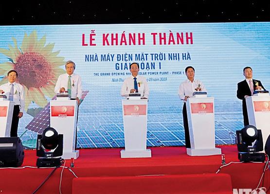 Khánh thành Nhà máy điện mặt trời Nhị Hà (giai đoạn 1)
