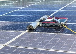 Cấu tạo và điểm nổi bật của Robot R1 GEC dành cho điện mặt trời mái nhà