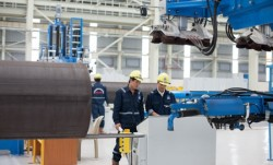 Việt Nam và Hàn Quốc hợp tác trong lĩnh vực sản xuất ống thép dầu khí