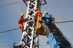 Đã cơ bản khắc phục sự cố lưới điện do bão số 10 gây ra