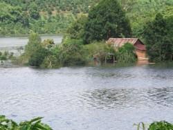 Thủy điện Đồng Nai 2 tích nước gây thiệt hại cho người dân