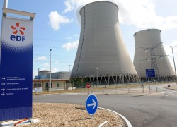 Anh ký hợp đồng xây dựng nhà máy điện hạt nhân với tập đoàn EDF