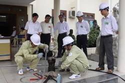 Truyền tải điện 2 tổ chức thành công hội thi thợ giỏi