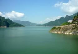 Thủy điện Hòa Bình tuyên truyền bảo vệ hành lang hồ chứa